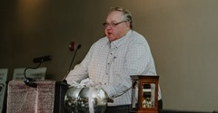 Auctioneers Wayne Bessman (pictured) and Rick Becker donated their auctioneer services to the evening